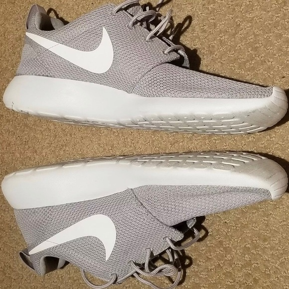 Nike Other - Nike Men's Roche One Wolf Gray Running Shoes